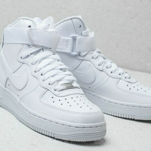 Nike Men's Air Force 1 Mid Shoe